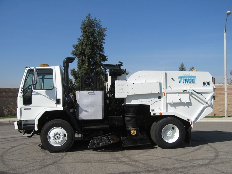 2003 Tymco 600 Cng Air Street Sweeper For Sale Sw481330