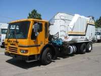 2006 Sterling Garbage Truck for Sale with Heil 30yd Side Loader Trash Body