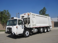 2007 Autocar Xpeditor with Heil 5000 32 Yard Rear Loader Refuse Truck for Sale