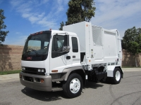 2007 GMC T7500 with Heil Retriever Satellite 10 Yard Side Loader Garbage Truck