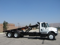 2004 International 7400 Roll Off Truck with STS Roll Off Hoist