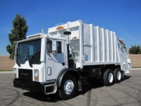 2003 Mack Garbage Truck for Sale with Leach 25 Yard Rear Loader Trash Body