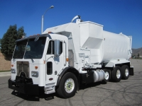 2008 Peterbilt Garbage Truck for Sale with Amrep 36 Yard Automated Side Loader