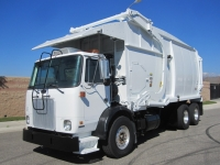 2006 Autocar Garbage Truck for Sale with New Way Mammoth Front Loader