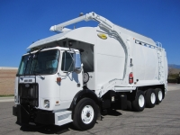 2007 Autocar Garbage Truck for Sale with Labrie 40 Yard Front Loader