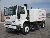 2006 Elgin Crosswind Air Street Sweeper for Sale on Sterling SC8000 Chassis