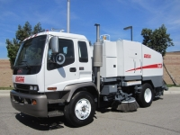 2007 Elgin Eagle Mechanical Street Sweeper For Sale Mounted on 2006 GMC T7500