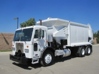 2009 Peterbilt Garbage Truck for Sale with PendPac AlleyGator Auto Side Loader