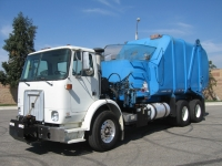 2004 Autocar Refuse Truck for Sale with Heil Rapid Rail Side Loader Trash Body