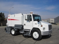 2002 Elgin Broom Bear Mechanical Street Sweeper