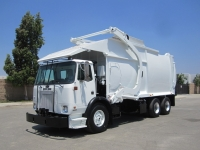 2006 Autocar Xpeditor with Bridgeport 40 Yd Front Loader Refuse Truck for Sale