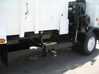 2000 Peterbilt 320 with Leach Curbtender 18yd Side Loader Refuse Truck