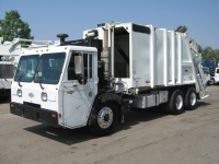 2002 Crane Carrier Garbage Truck for Sale with Pak-Mor 25yd Rear Loader Body