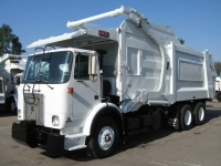 2001 Volvo Xpeditor with Heil 40 Yard Front Loader Garbage Truck for Sale