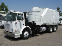 2003 Autocar WXR64 Garbage Truck for Sale with Heil Rapid Rail Side Loader Trash Body