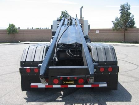 2004 Peterbilt 320 Roll Off Truck with Amrep Roll Off Hoist