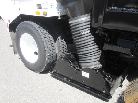 2009 Tymco 600 BAH Regenerative Air Street Sweeper on International 4200 DuraStar