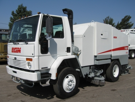 2003 Elgin Eagle CNG Street Sweeper