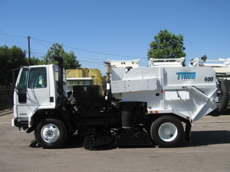 2007 Tymco 600 Air Street Sweeper