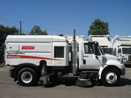 2010 Elgin Whirlwind Street Sweeper