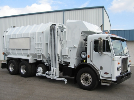 2006 Peterbilt 320 with Amrep Automated Side Loader
